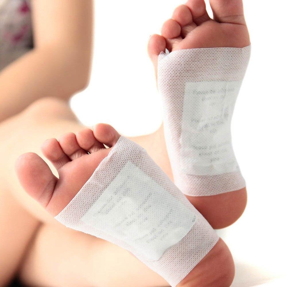 2pcs Patches+2pcs Adhesives Charcoal Detox Foot Pads Patches Natural Plant Quintessence Kits Foot Care Health Massage B010(2)<br><br>Aliexpress