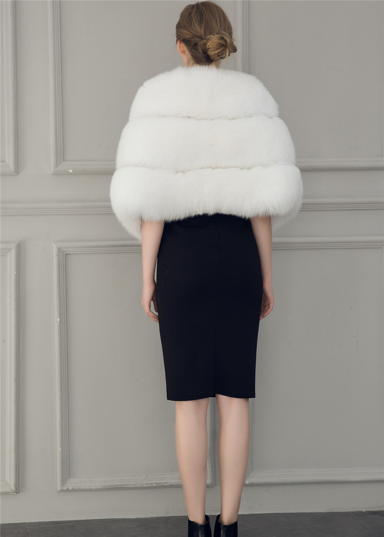 2018 Hcyo Korean version of the imitation of rabbit fur shawl imitation water mane fur grass cloak vest women's coat (9)