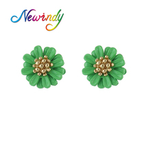 Newindy Cute Minimalist Earrings Gold-Color Earrings Orange Green Yellow White Resin Flower Pattern Stud Earrings For Women