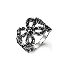 2016 Hot Sale High Quality Silver Plated Retro Palace Clover Hollow CZ Diamond Creative Ring Jewelry For Women