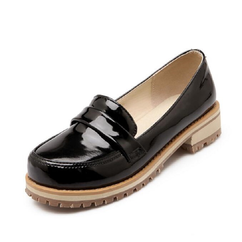 New Round Toe Slip-on Women Loafers Fashion Patent Leather Women Flat Shoes Ladies Casual Flats Big Size 34-43 Women Oxfords<br><br>Aliexpress