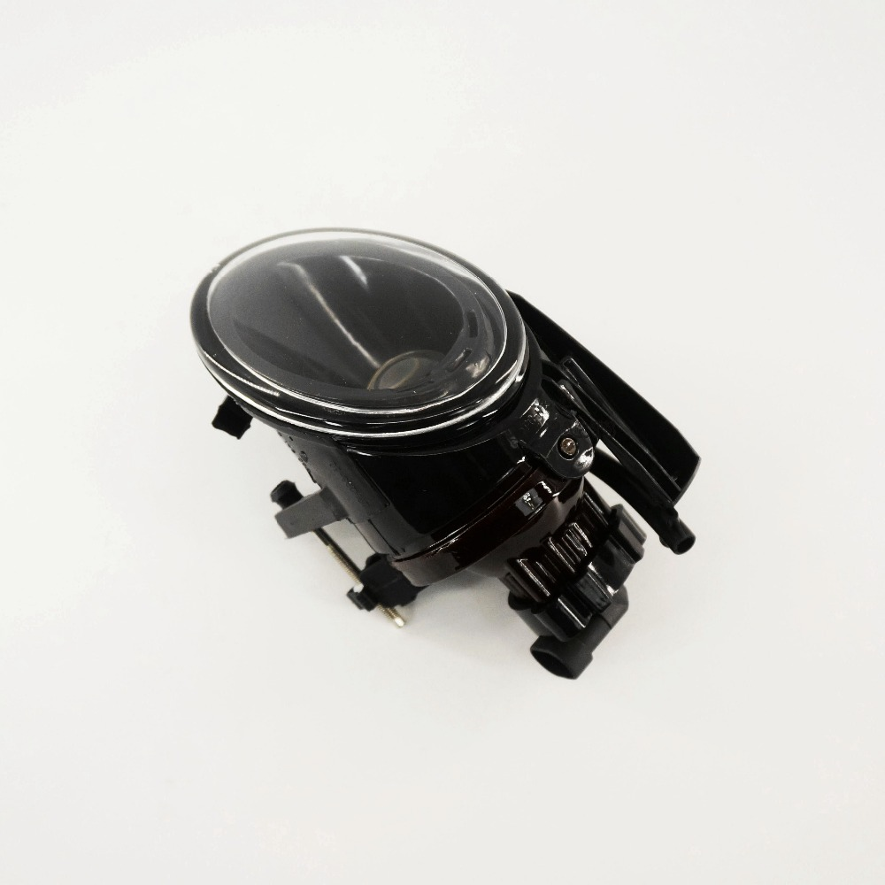 OEM Left Front Clean Lens Convex Fog Lights FogLamps 3C 3CD 941 699 A B 3C0 941 699 A B Fit VW Passat B6 3C NEW<br>