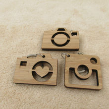 Camera Keychain Wooden Gift for Friend Dad Sister Wood Key Chain Gifts for Photographer Key Ring(China)