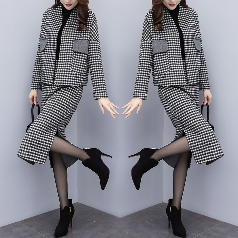 Fashionable Plaid 2 Piece Set Women Top And Skirt Ol Year-old Female Costume Conjunto Feminino Ensemble Femme Survetement
