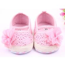 2017 Baby Girl Flower Shoes Sneaker Anti-slip Hand knitting Soft Toddler Shoes(China)