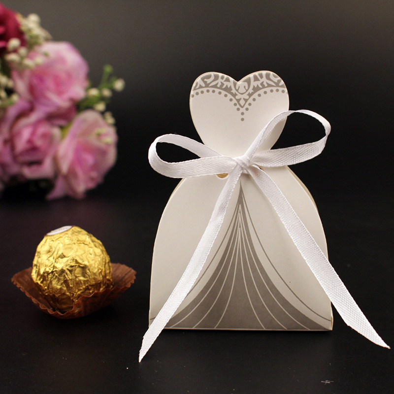 10Pcs Candy Box Bridal Gift Cases Groom Tuxedo Dress Gown Ribbon Wedding Favors Sugar Case Wedding Decoration mariage casamento (11)