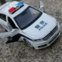Gift 15.5cm 1:32 creative Volkswagen lavida Police man car patrol wagon alloy model acousto-optic pull back game toy(China)