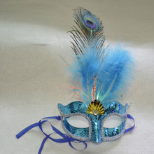 2017 Sexy Ball Feather Flower Masquerade Plastic PVC LED Flash Light Feather Mask Venetian Party Eye Masks 2016 New