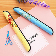 1Pcs/set Creative  Kawaii Novelty Plastic Deli Paper Quality Kids Photo Album Small Mini Scissors Cutting Tools School Supplies