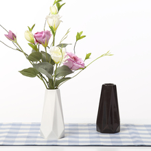 The Edges & Corners Vases Ceramic White Black Tabletop Vase Home Decoration vase Fashion Modern vases(China)