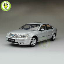 1:18 Ford Mondeo Sedan Diecast car model for collection gifts hobby Silver(China)
