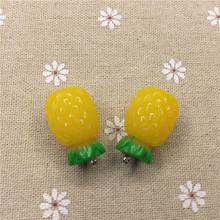 Free shipping!resin 3D Tropical fruit charms.3D resin pineapple bromel, pendant for bag/phone/Key chain decoration,DIY.18*26mm