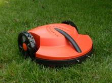 Intelligent Lawn Mower Robotic Mowers Auto Grass Cutter Robot Grass Cutter Garden Tools TC-G158(China)
