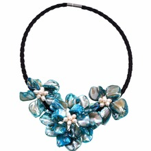 "natural pearl & turquoises blue shell pearl 3 flower pendant necklace 18"" long(China)"