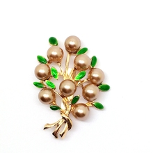 Fashionable high-grade pearl brooch hair chest flower branches brooch with corsage