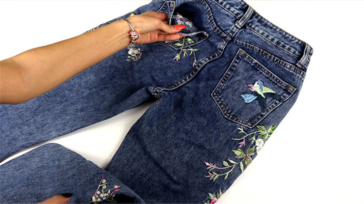2018 Women's Three-dimensional 3D Heavy Bird Flower Embroidery High waist Slim Straight jeans Large yards (13)