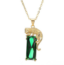 New Simple Metal Copper Gold Color Animal leopard Green Crystal Pendant Necklace For Women Fashion ACC Necklace Jewelry ND370(China)