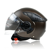FREE SHOPPING!new arrival helmet motorcycle helmet half face helmet seven kinds of color SIZE M L XL(China)
