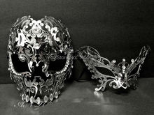 Men Women Silver Metal Evil Skull Venetian Butterfly Masquerade Couple Masks Set Mardi Gras Prom Party Eye Face Costume Mask Lot