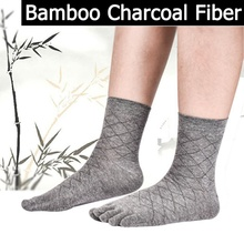 Bamboo charcoal socks men in the thick tube in the diamond-shaped absorbent sweat toe socks wholesale five fingers socks bpzf