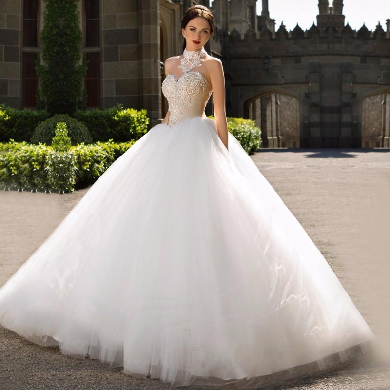 Fashionable-Ball-Gown-Wedding-Dress-2016-Vintage-Vestido-De-Noiva-Sexy-Off-the-Shoulder-Halter-Neck