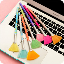 2pcs Corner slit colorful dusting brushs paintbrush type mini computer keyboard cleaning brush Pocket  Keyboard Dust Collector