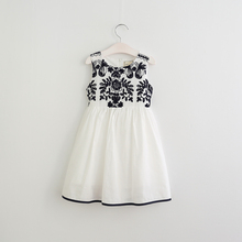 Brand Girls Summer Cotton Sleeveless Dress 2017 Solid White Kids Smocked Vintage Dresses For Girls Toddler Girl Clothing