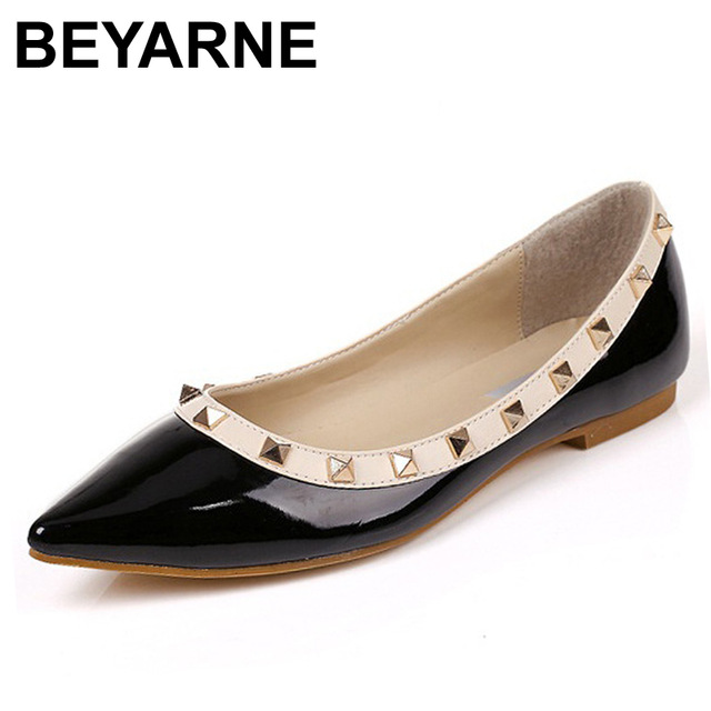 NEW ARRIVAL New Womens Pointed Toe T-Strap Sandals Metal Rivet Studded Comfy Flats Shoes<br><br>Aliexpress