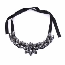 Fashion Necklaces For Women 2017 Crystal Big Necklaces & Pendants Maxi Collar Statement Choker Vintage Costume Jewelry Gift(China)