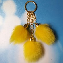 New Style Fake Fox Fur Cylindrical Tail Design Pompom KeyChains Cute Car Keyring For Car Pendants Bag Charms Novelty Gift