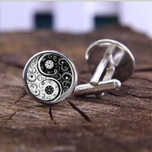 3 colors fashion handmade Cufflink Wholesale Yinyang Skulls Wicca Gifts Cabochon witchcraft High Quality Cufflink jewelry