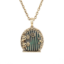 door locket necklace Bilbo Baggins vintage retro antique gold pendant Enamel movie jewelry for men and women wholesale
