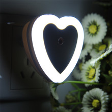 Fashion LED Night Light EU Plug 4 Colors Novelty Bed Lamp For Baby Bedroom Gift Romantic Love Heart Shape Colorful Lights