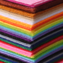 Hot Sale Non Woven 40pcs 15x15cm Felt Fabric1mm Thickness DIY Children / Adult Hand-sewn Handicrafts, Gifts, Birthday Gifts
