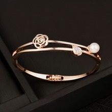 SINLEERY Trendy Hollow Camellia Simulated Pearl Bangle Bracelet Women White/Rose Gold Color Crystal Bangle Wedding Jewelry SL045