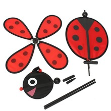 Bumble Bee / Ladybug Windmill Whirligig Wind Spinner Home Yard Garden Decor Classic Toys(China)