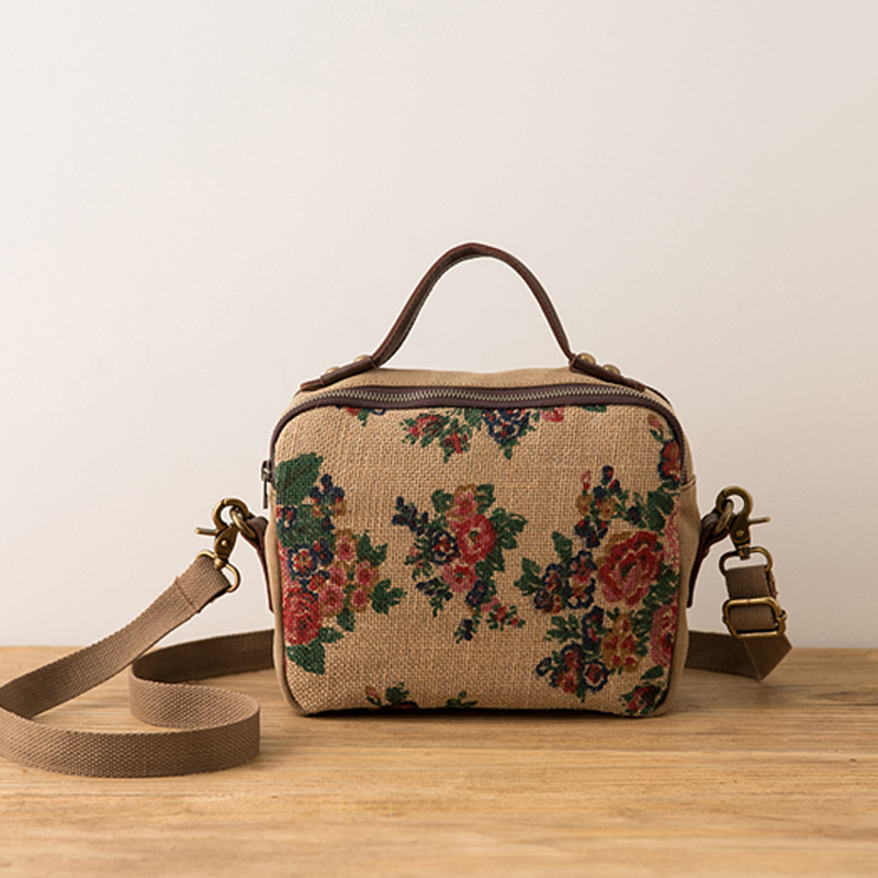 Vintage Women Handbag Cotton Linen Chinese Style Floral Printing Flap Bag Literature And Art New Joker Leisure Messenger Bag<br>