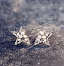 Star shaped rhinestone simulated pearl stud earrings for women fashion jewelry(China)