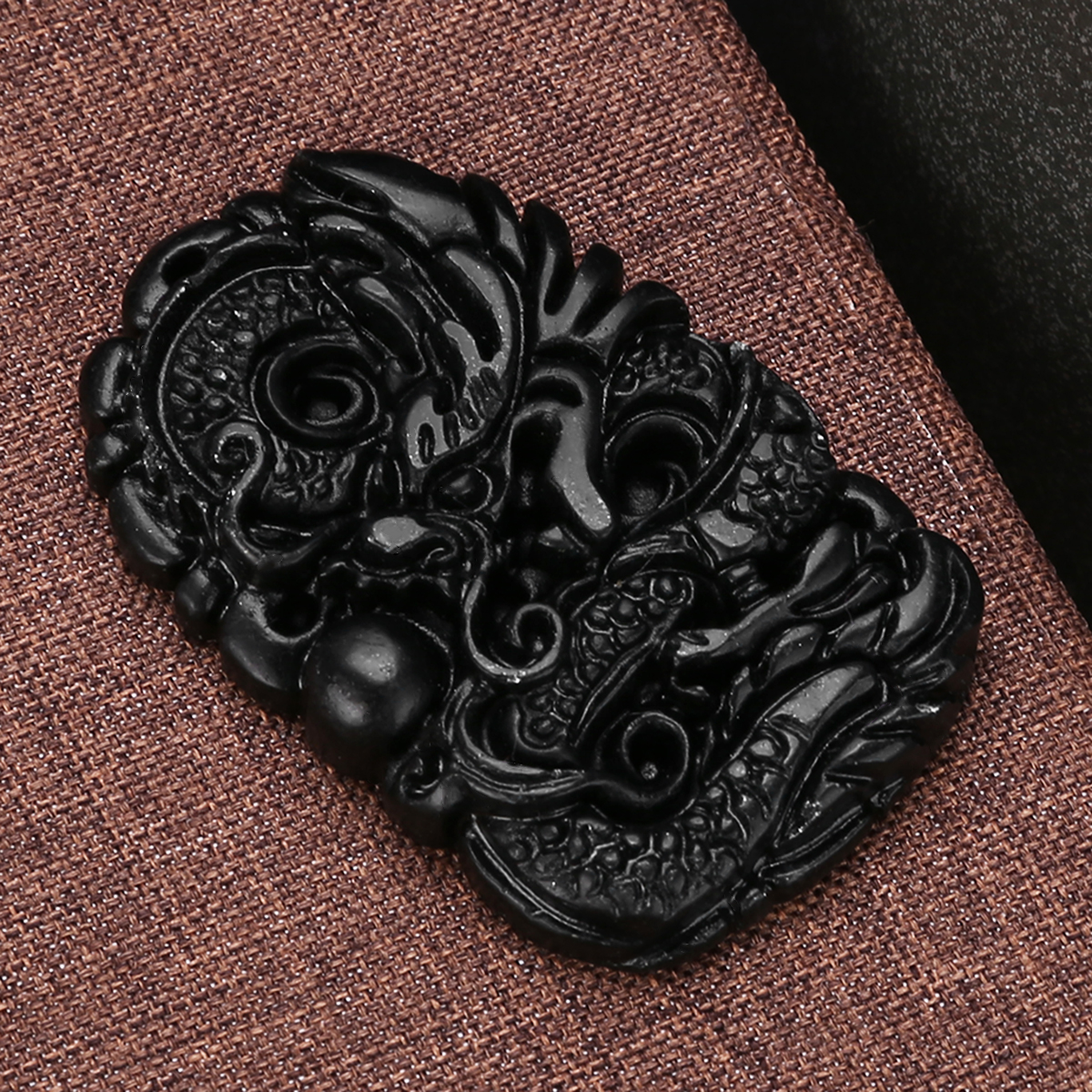 1pc New Chinese Natural Black Green Jade Carved Pendant Dragon Good Lucky Amulet Gift