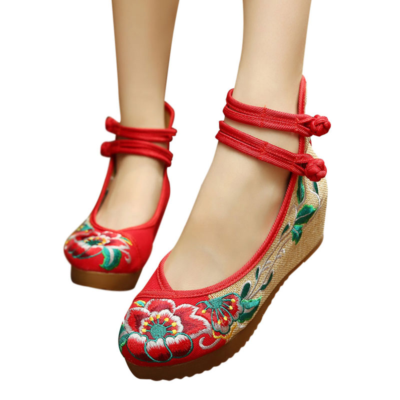 Old Beijing Embroidered Women Shoes Mary Jane Wedges Heel Chinese Style Retro Cloth Button Shoes Casual Cloth Shoes Woman WS178<br><br>Aliexpress