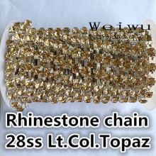 Best Quality 28ss 6.0-6.2mm 10 Yards Light Colorado Topaz Silver Base Sewing Strass Rhinestone Chain(China)