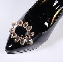 Fashion Acrylic Flower Shoe Decoration Easy Clip Lady Shoes Accessories Wholesale Price(China)
