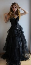 Vintage Victorian Gothic Black Prom Party Dresses 2017 Corset Bondage Back Lace Ruffles Vestidos De Festa Long Evening Gowns