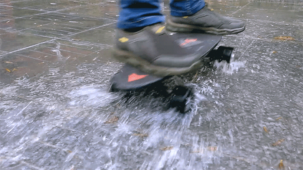 waterproof electric skateboard