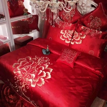 2017 chinese wedding bedding set luxury Embroidered duvet cover set 4/6/8/10pcs flat sheet/bed cover 100% Cotton bedlinen queen(China)