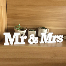 Wedding decorations 3 pcs/set Mr & Mrs romantic mariage decor Birthday Party Decorations Pure White wooden letters wedding sign(China)