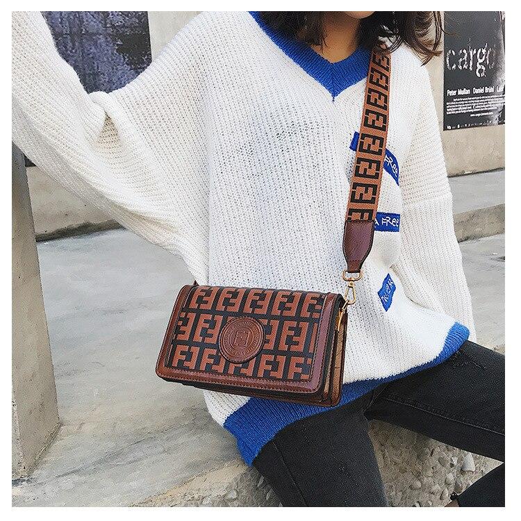 2019 Of The Small Square Fashion Women's vintage Shoulder Bag Shoulder Bag Messenger Bag Mobile Phone Bag Brand original design 14 Online shopping Bangladesh