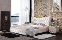 diamond tufted French contemporary modern beige velvet fabric sleeping bed King size bedroom furniture Made in China