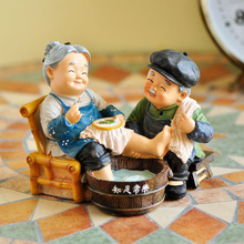 Figurines Handicrafts Small Adornment Vintage Home Decor Send The Old Man Parents Friend's Wedding Gift Decoration Accessories