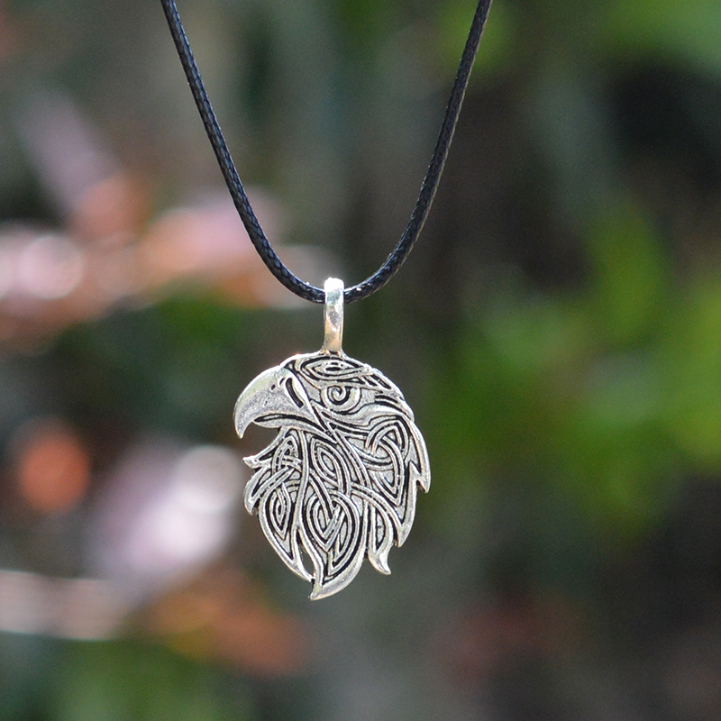 QIHE-JEWELRY-Wolf-Fox-Eagle-Norse-Viking-Necklace-For-Men-Norse-Vikings-Talisman-Original-Wild-Men(3)
